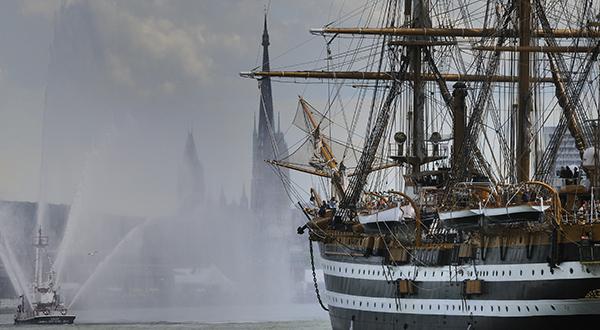 Armada 2013 : Les plus beaux navires du monde arrivent à Rouen !