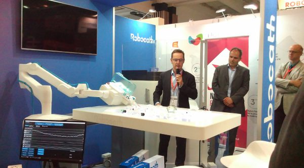 Dr Philippe Bencteux, Président de Robocath présente la plateforme R-OneTM lors de la Paris Health Care Week
