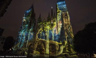 Tout l'été : monumentale «Cathédrale de lumière» !